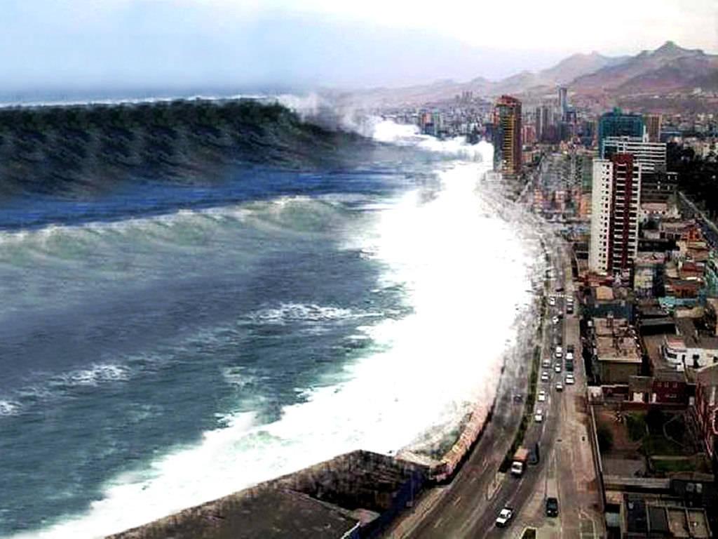 2004 Tsunami Wave Japan