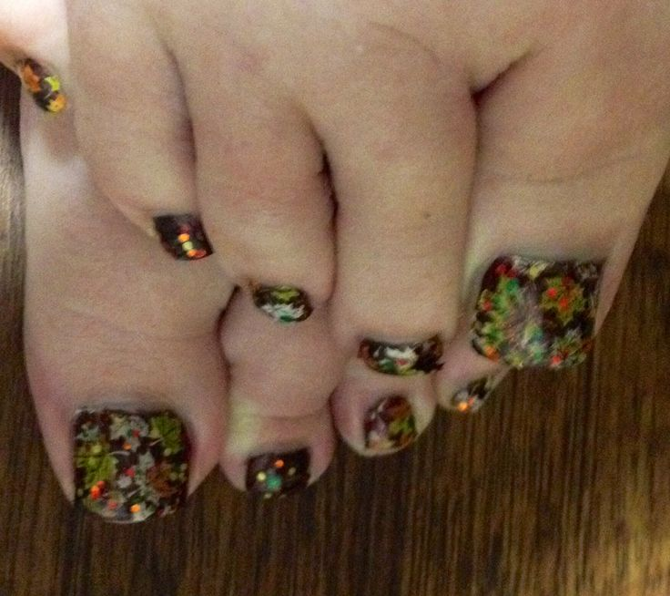 Fall Toe Nail Art