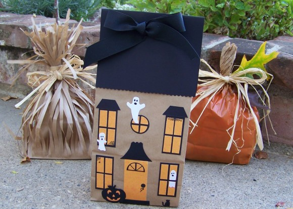 Halloween Haunted House Paper Bags
