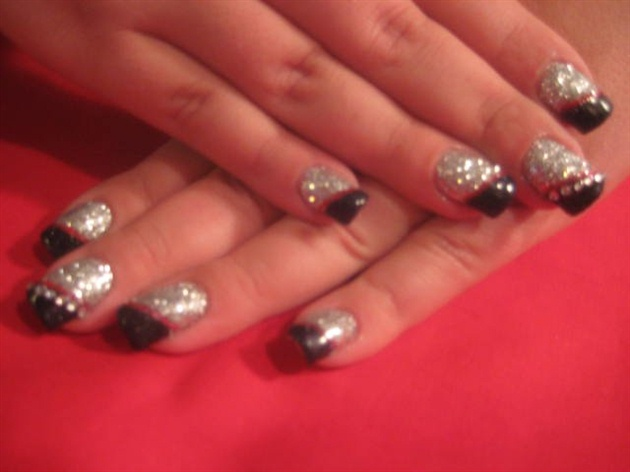 Red Black and Silver Nail Designs