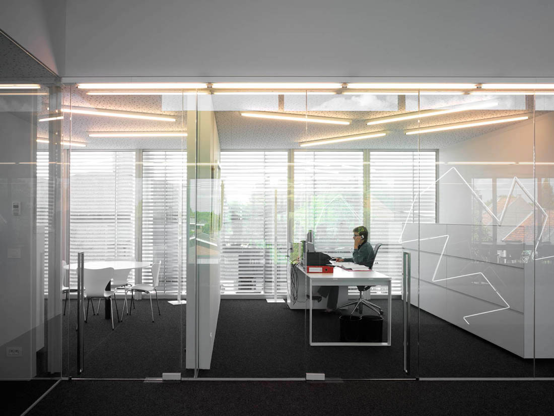 18 Office Meeting Room Design Images Office Conference