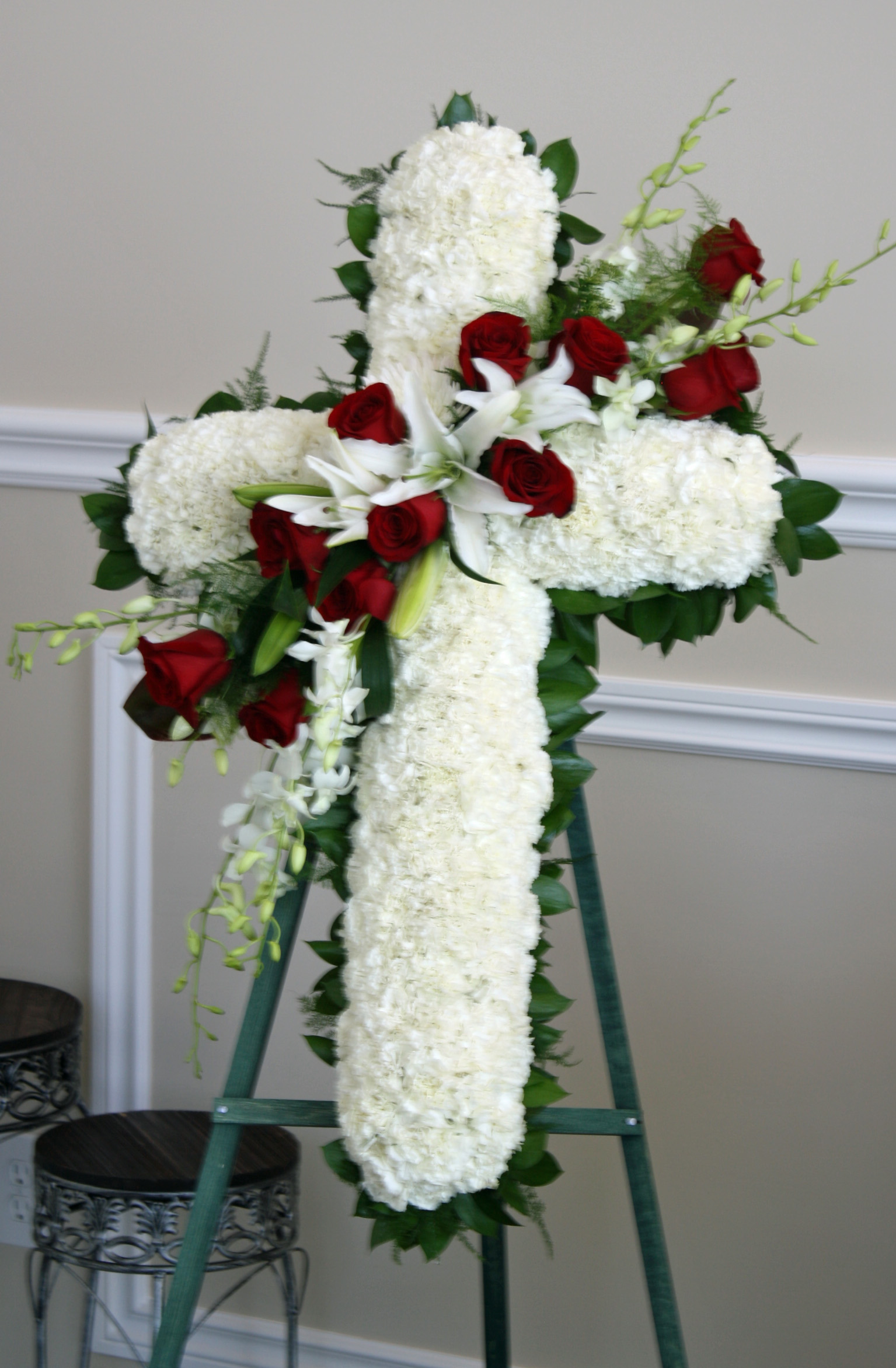 18 unique floral designs images unique flower arrangements unique unique funeral flower arrangements izmirmasajfo