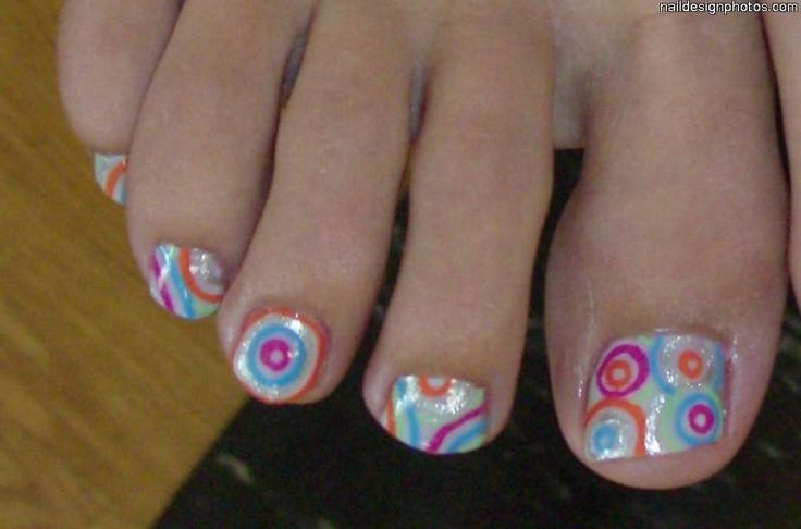 Do It Yourself Toe Nail Art Designs