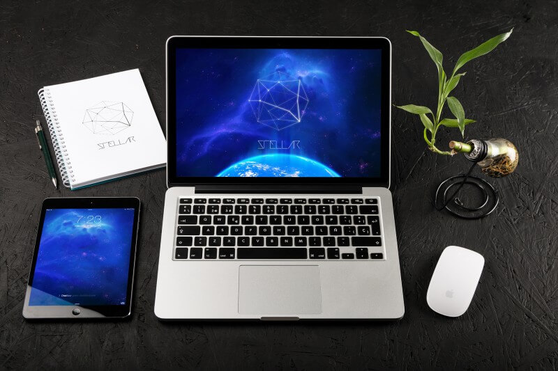 5 Retina MacBook Pro Mockup PSD Images