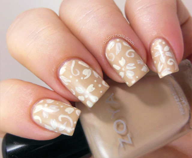 Nail Art with White Flowers