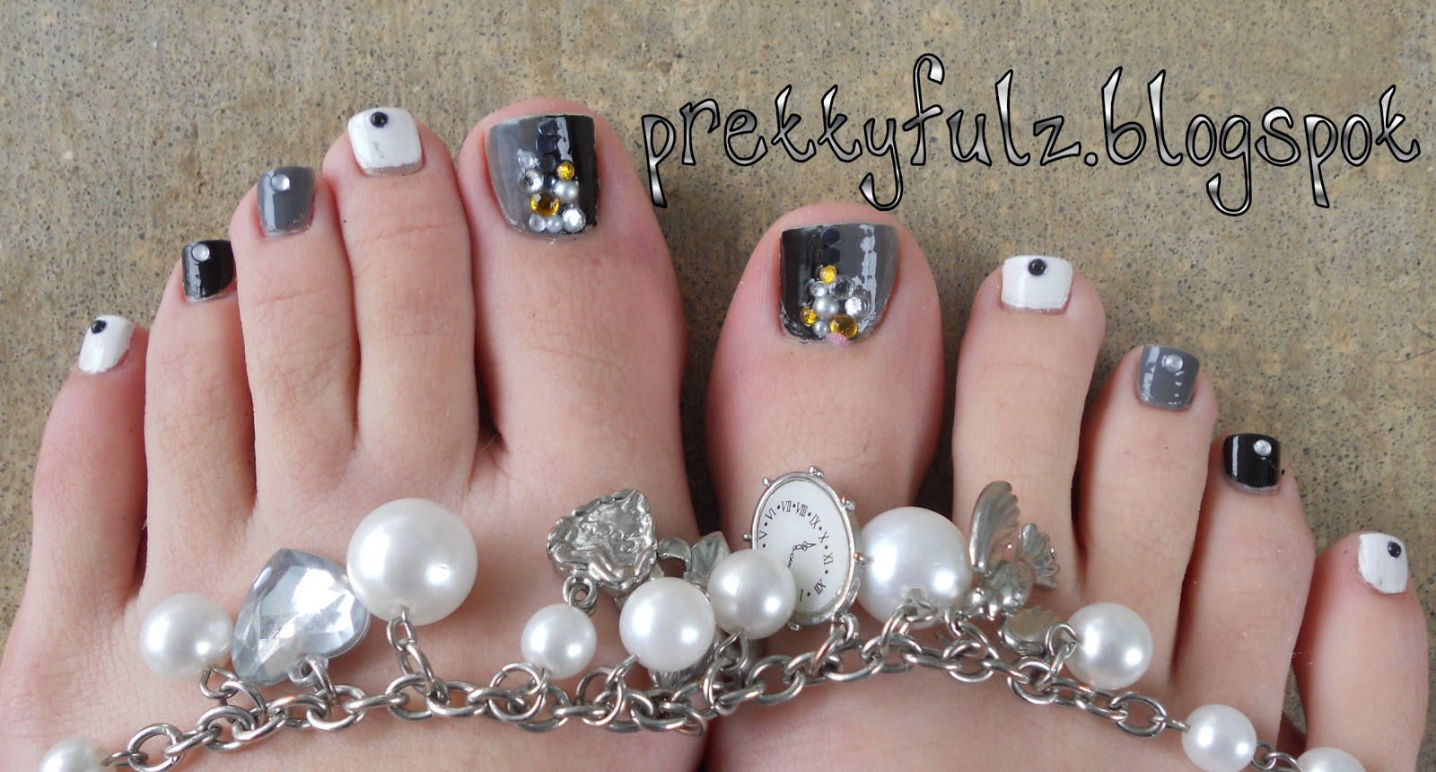 16 Black And White Pedicure Designs Images