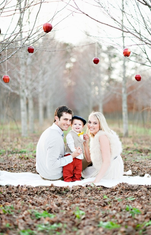 13 Holiday Baby Photos Outdoors Images