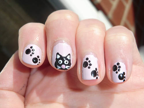 Nail Art Black and White Cat