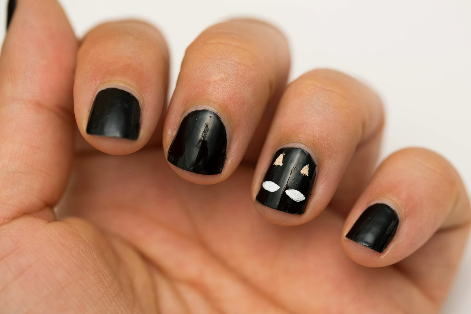 Short and Easy Halloween Nails