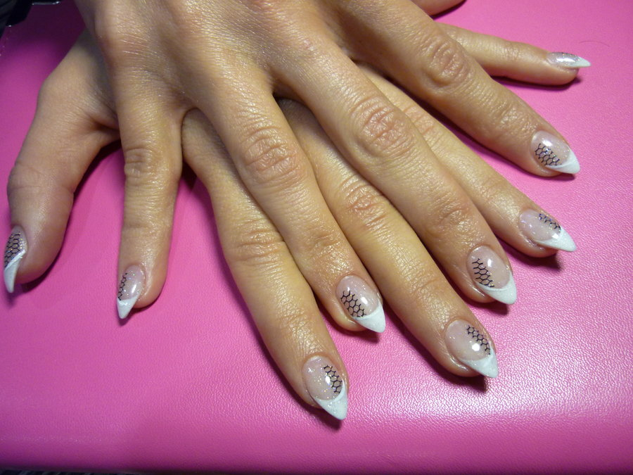 15 Short Stiletto Nail Art Designs Images