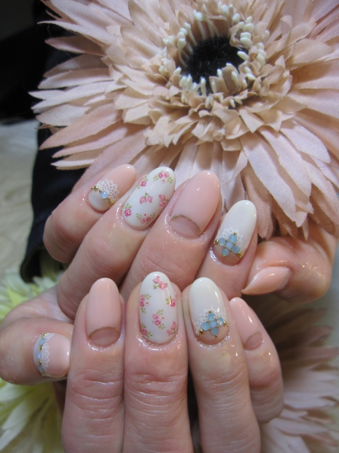 13 Urban Flower Nail Designs Images