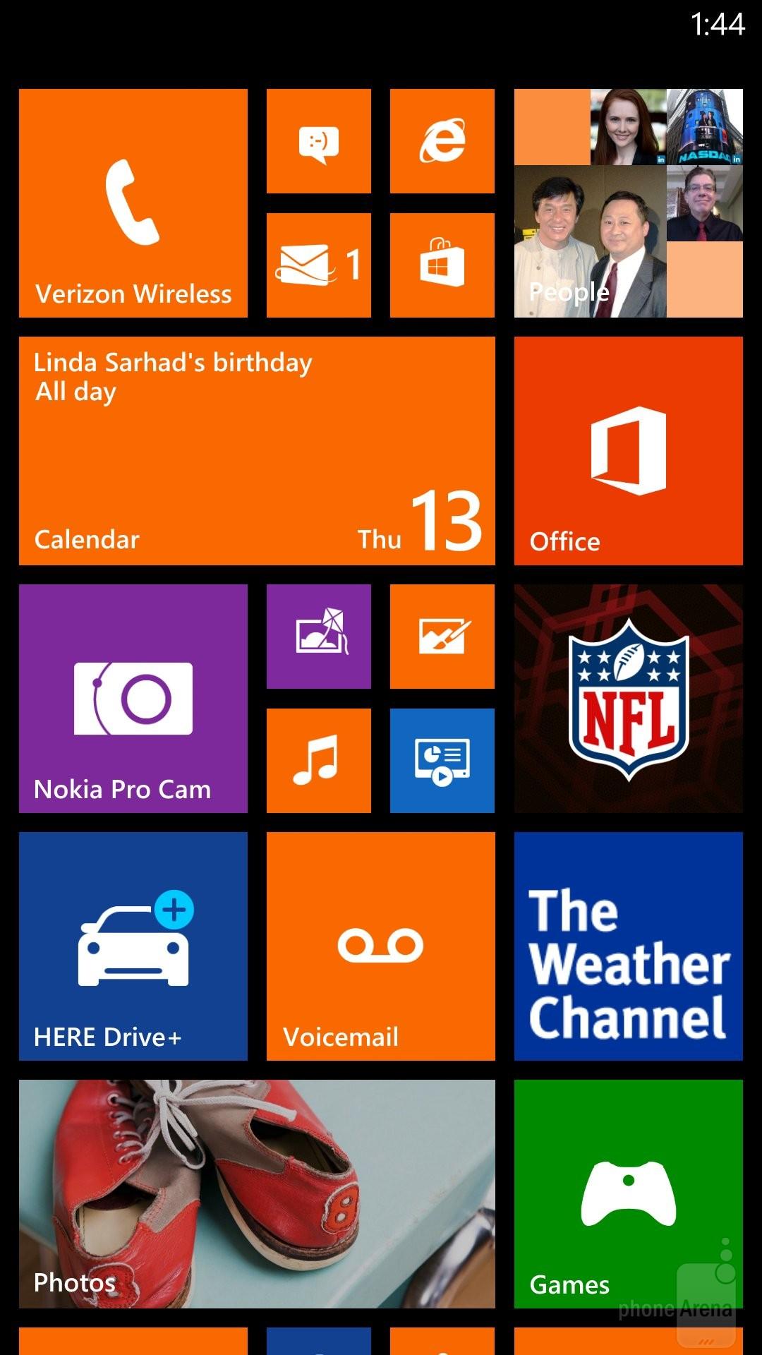 iPhone 5S vs Nokia Lumia Icon