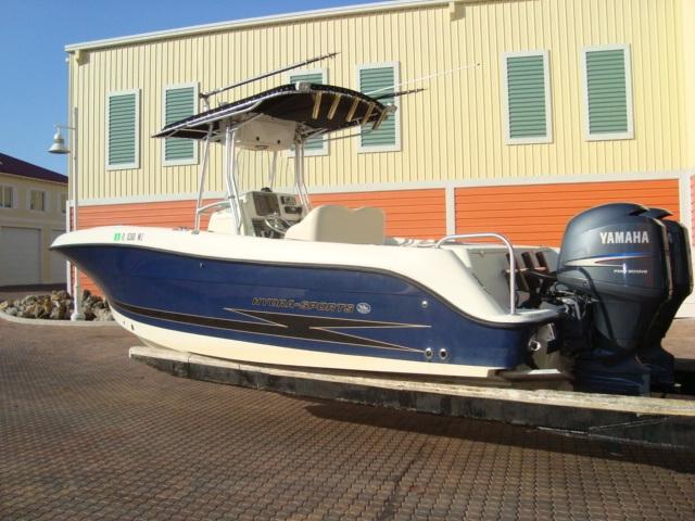 2006 Hydra Sport 2500 Vector