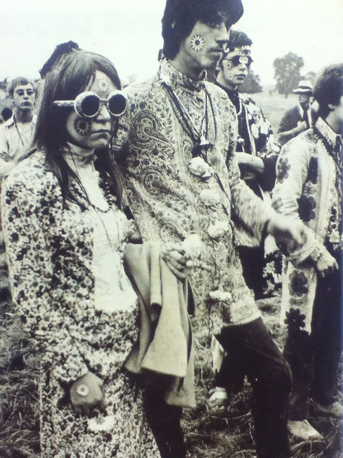 18 Hippie Photos From The 1960s Images
