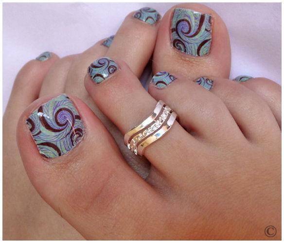 15 Cute Toenail Polish Designs Images
