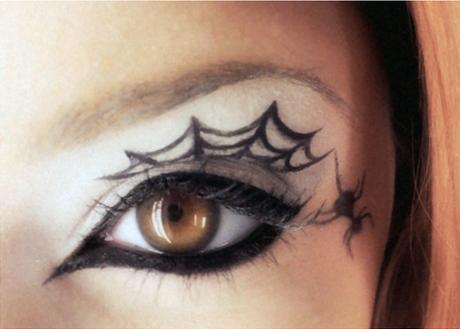 Spider Web Eye Liner