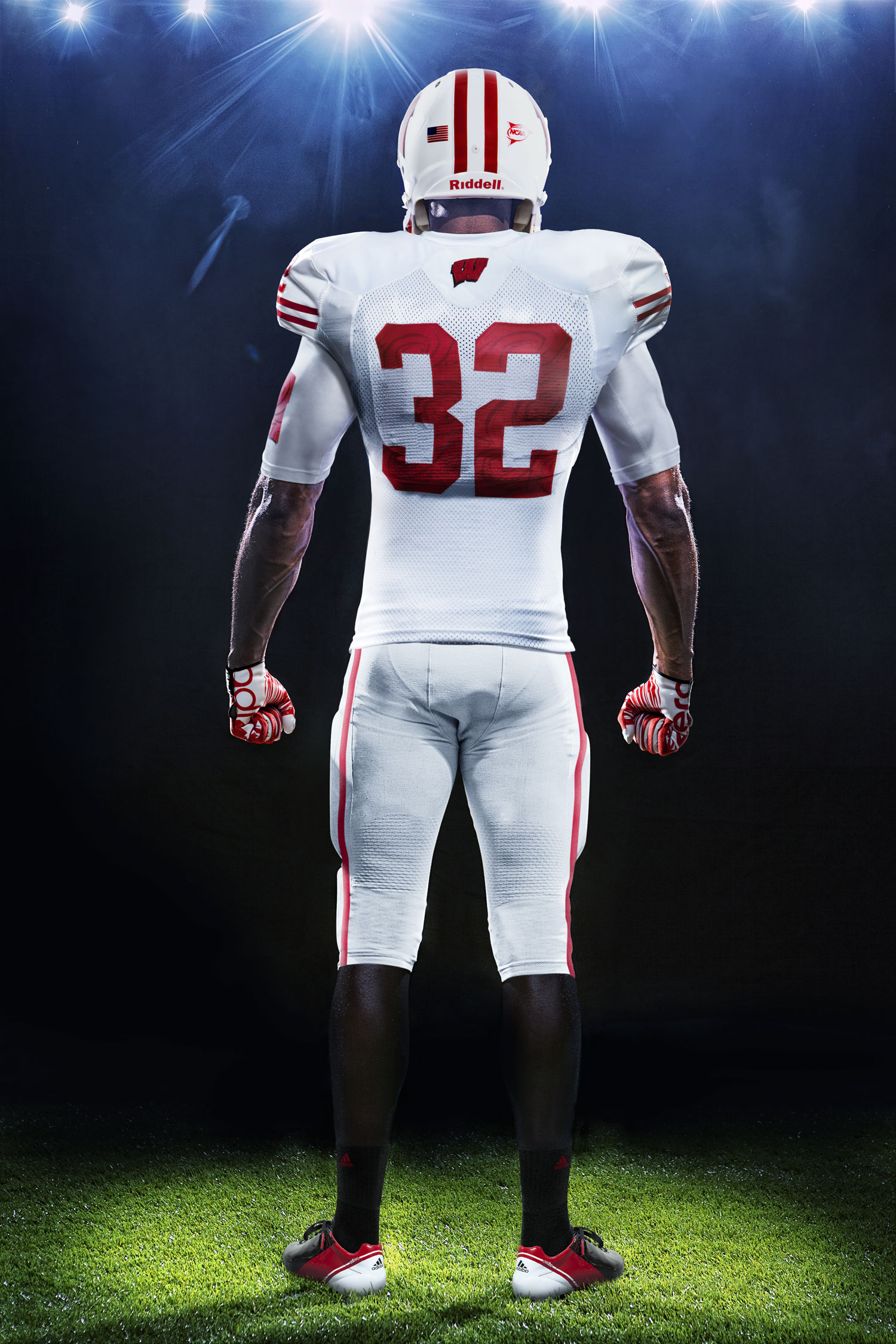 Wisconsin Badgers Football Uniforms