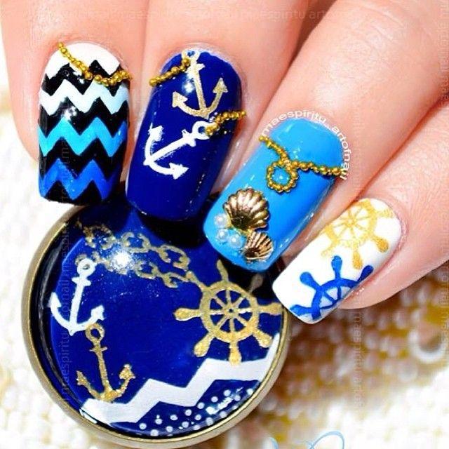 Beach Themed Nail Art