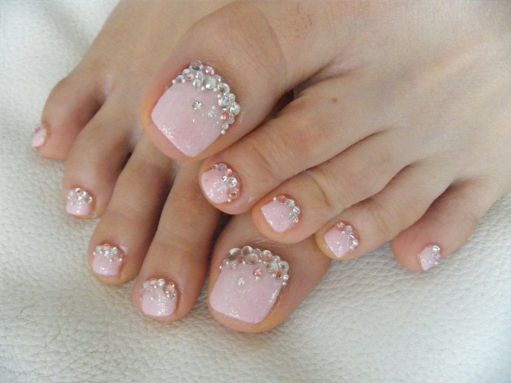 15 French Manicure Designs With Rhinestones Images