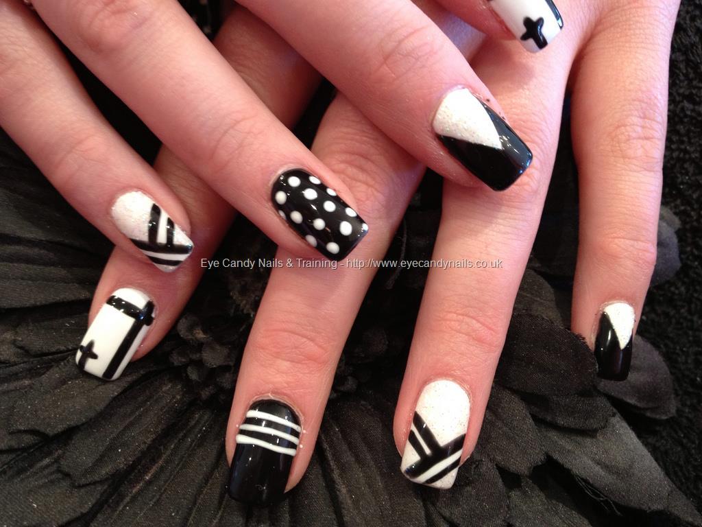 Black and White Acrylic Nail Art