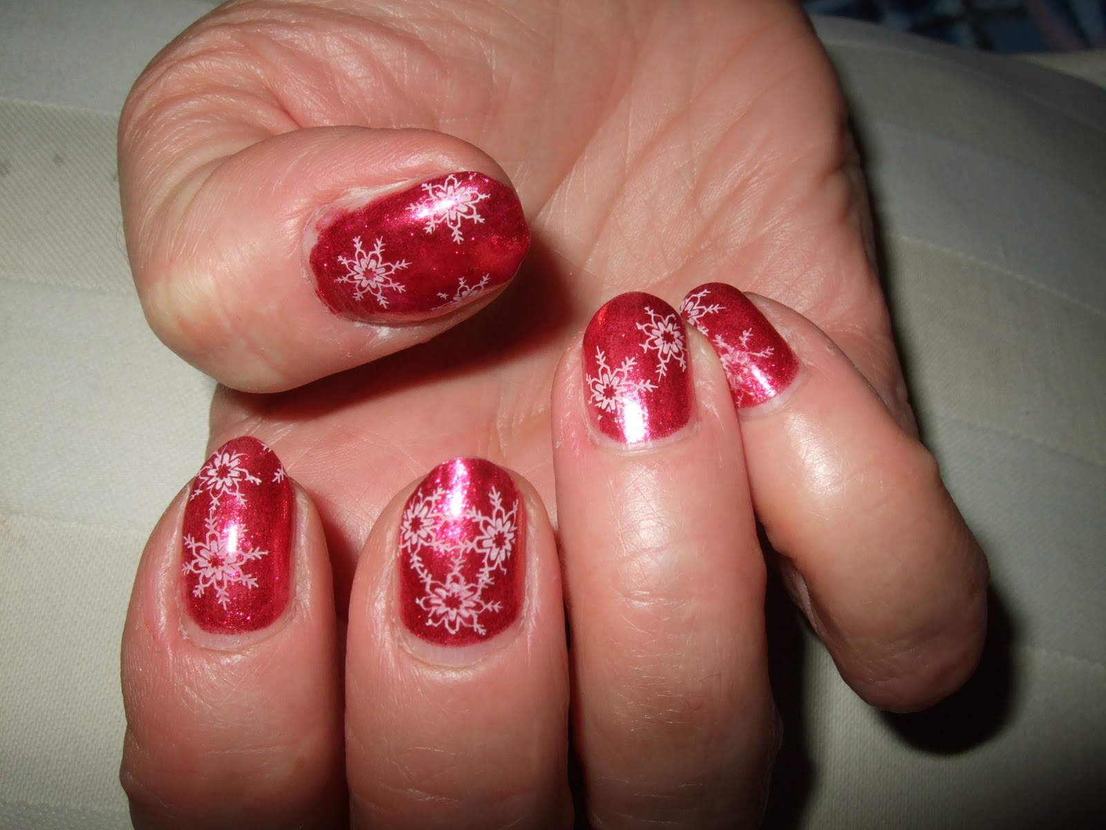 12 Easy Christmas Nail Designs For Short Nails Images Easy