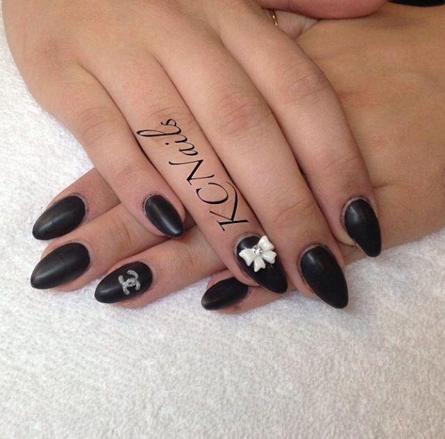 Matte Black Almond-Shaped Acrylic Nails