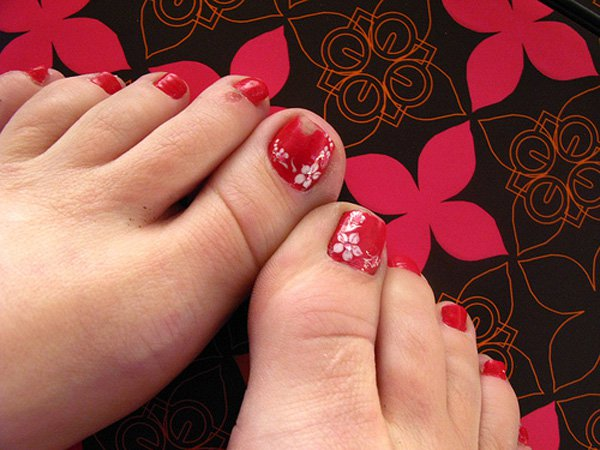 Easy Toe Nail Design Red