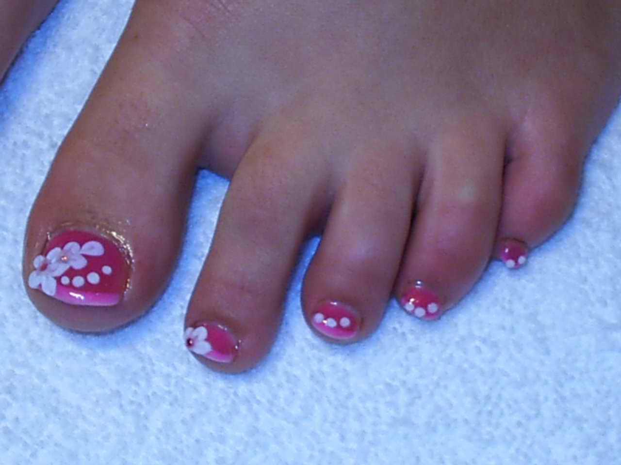 Pink Toe Nail Art Design