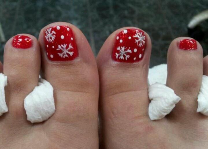 Snowflake Toe Nail Designs