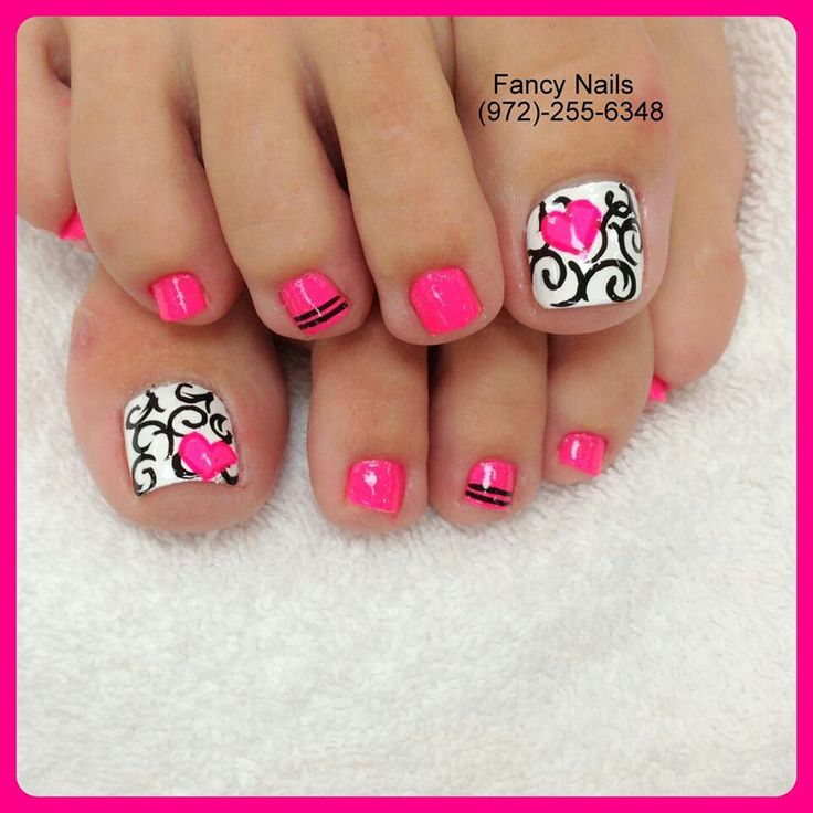 Toe Nail Design Pink Black and White