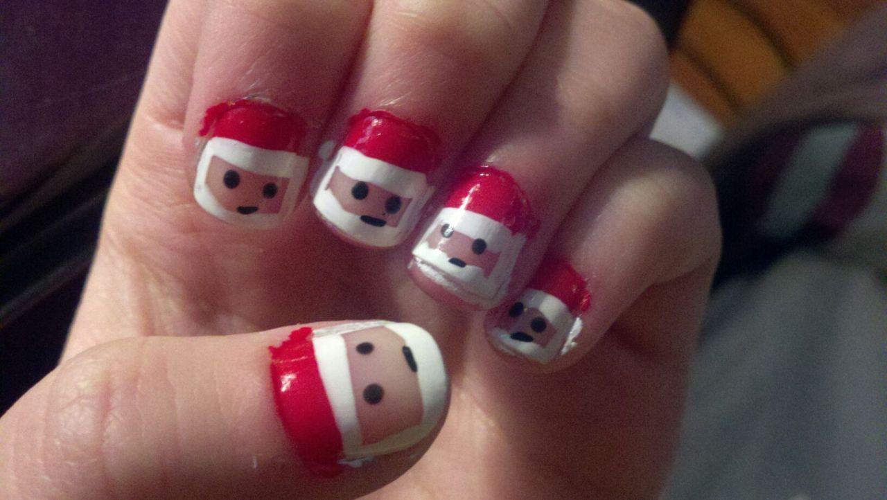 Cool Christmas Nail Designs