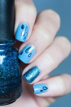 Blue Glitter Nail Art Designs