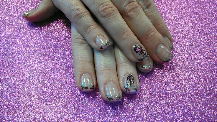 Mossy Oak Pink Camo Nail Art