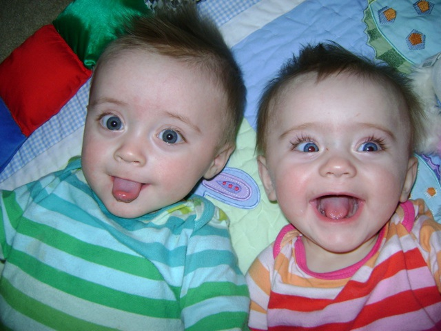13 Fraternal Twins Babies Photo Shoot Images - Fraternal Twins Boy Girl, Fraternal Twin Baby Boys and Newborn Baby Boy Photograp