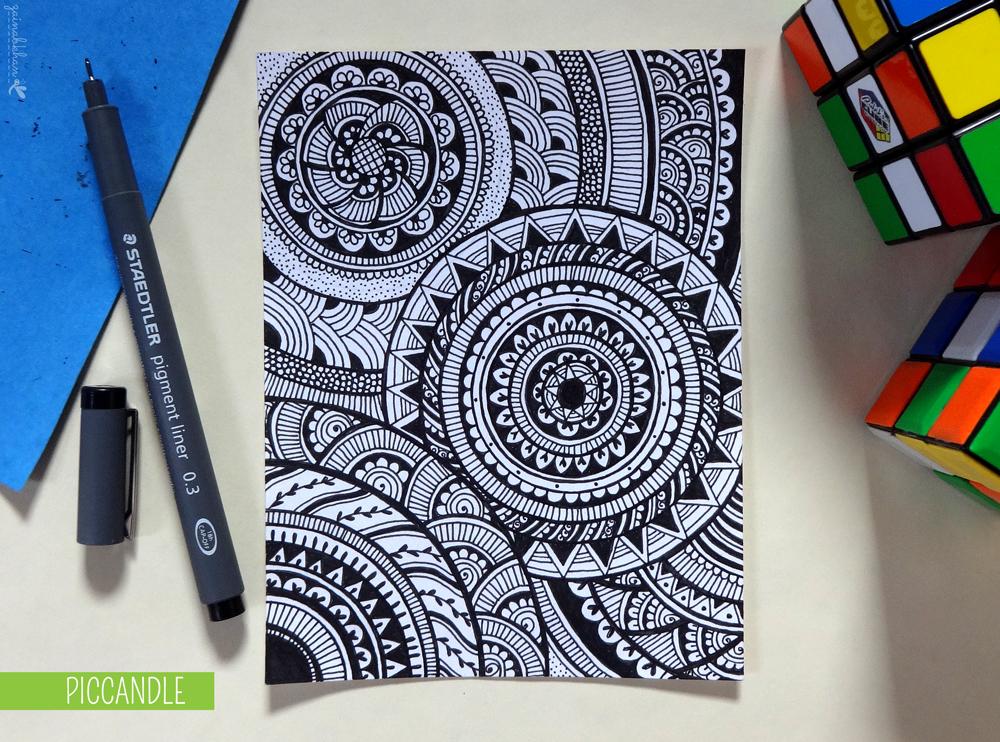 Doodle Design Circular Pattern