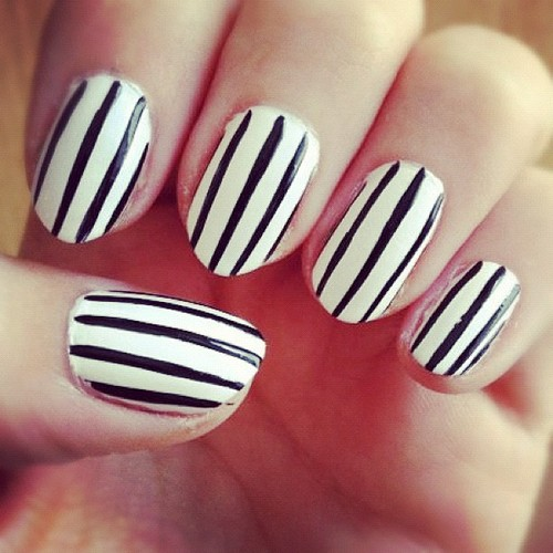 13 Cute Easy Nail Designs Black And White Images Easy Nail Art