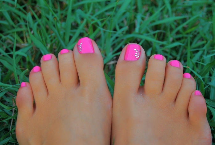 16 Cute Toenail Designs Images