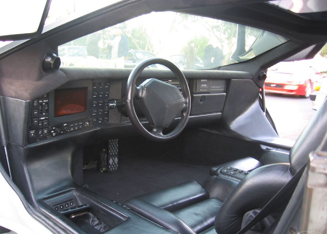 10 Vector WX8 Interior Images