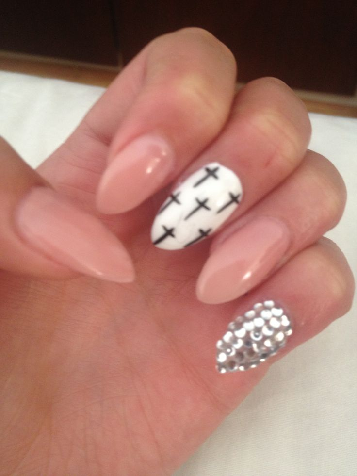 Designs for almond shaped nails gallery nail art and nail design almond shaped nails designs gallery nail art and nail design ideas designs for almond shaped nails prinsesfo Choice Image
