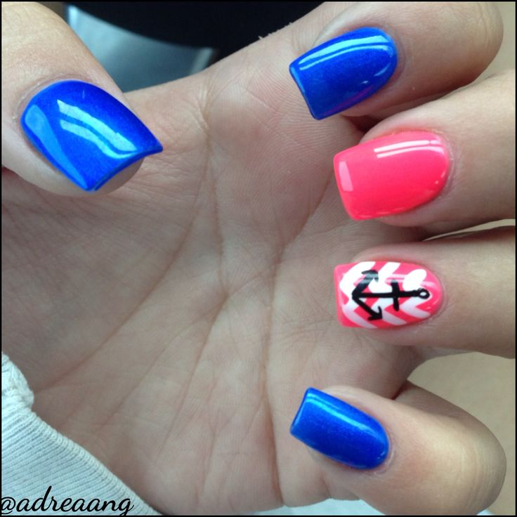 Anchor and Chevron Nail Design