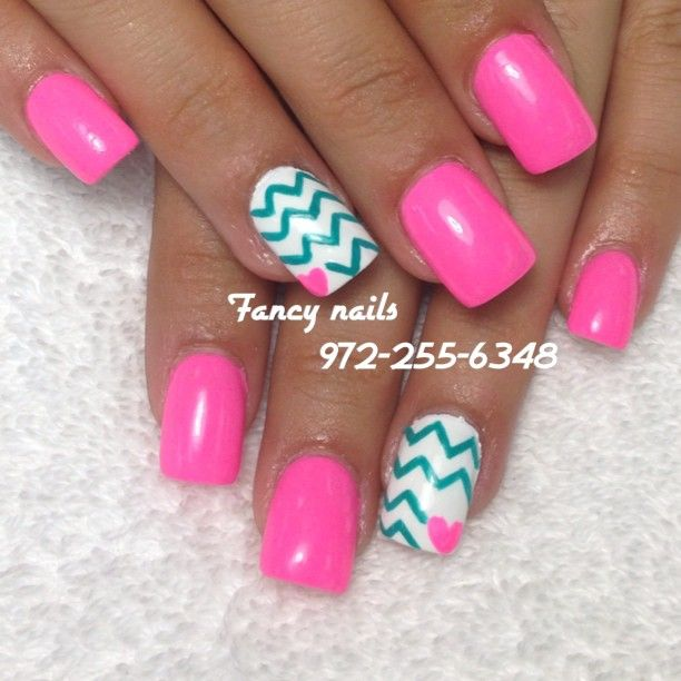 Chevron Heart Nails
