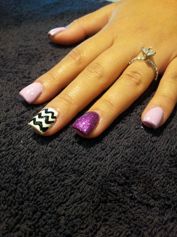 Attractive Black And White Chevron Nails Picture Collection - Nail ...