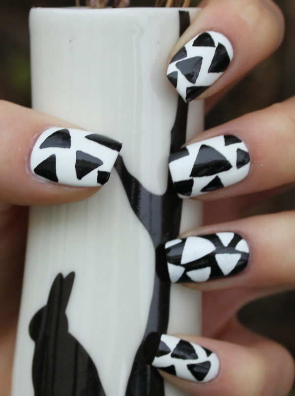 14 Simple Black And White Nail Art Designs Images