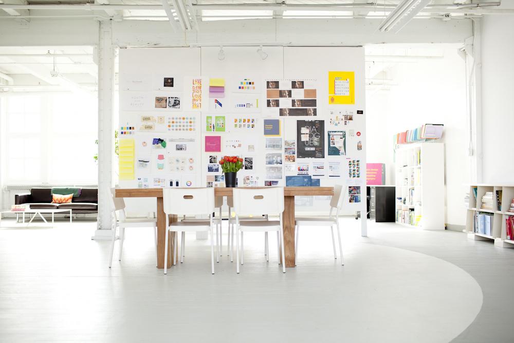 graphic design office. Graphic Design Office R