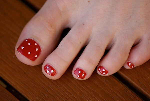 Cute Simple Toe Nail Art
