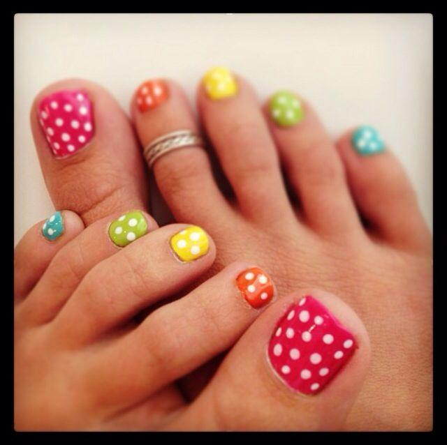 Cute Summer Toe Nails