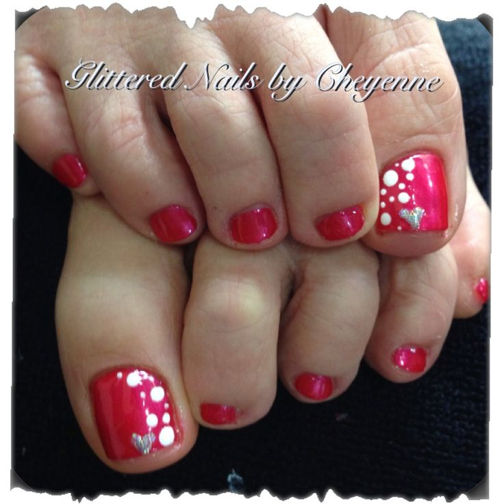 Polka Dot Toe Nail Art