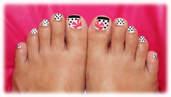 Red Polka Dots and Bow Nail Design
