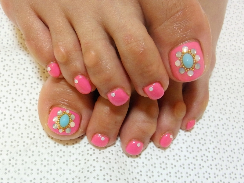 12 Cute Summer Pedicure Designs Images