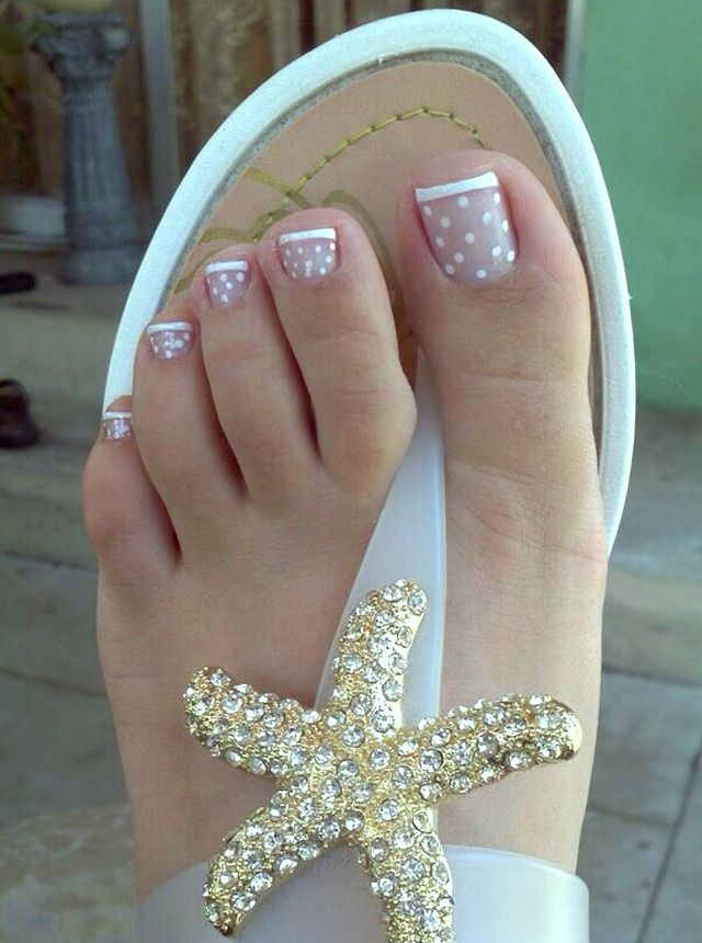 White French Tip Toe Nail Designs